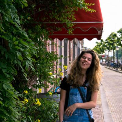 Kim zoekt een Kamer / Woonboot in Utrecht