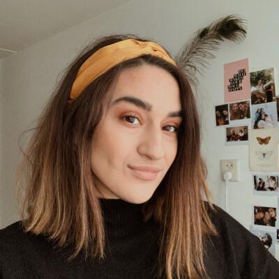 Sarah zoekt een Kamer / Studio in Utrecht